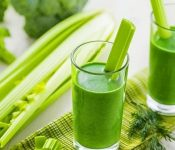 5 công thức nước ép cần tây dễ uống, giúp giảm cân hiệu quả nhất