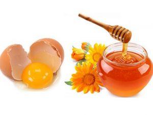 Cách làm trắng da cho nam bằng trứng gà và mật ong