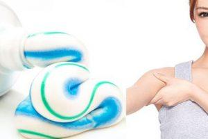 Trị hôi nách bằng kem đánh răng